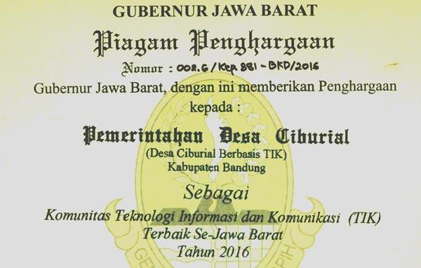 Pemerintah Desa Ciburial Raih Kominfo Awards 2016